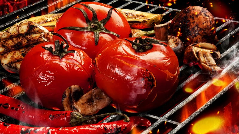 Garlic grilled tomatoes