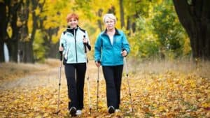 Senior friends on a walk to keep up their New Year's resolutions