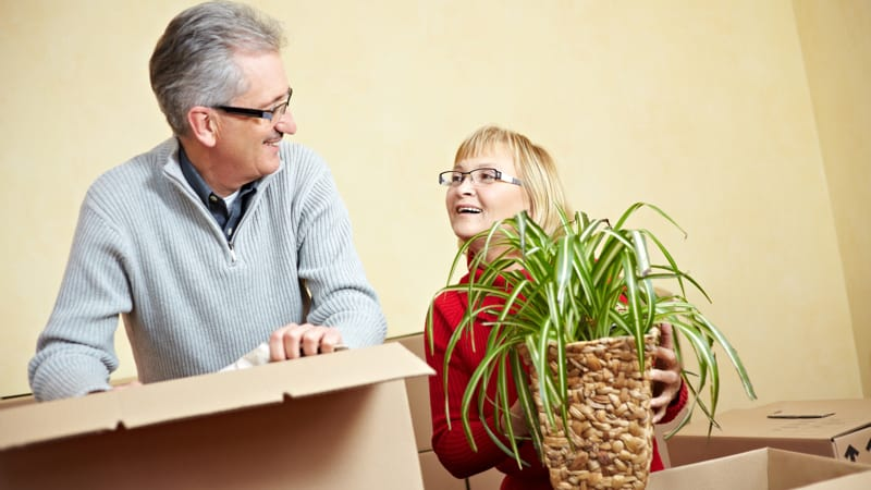 Make It Home Downsizing as a senior MakeItHome.net
