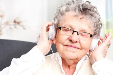 Alzheimer's Dementia Patient Listens to Music for Memories