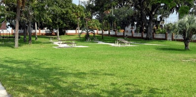 Springfield Towers Picnic Tables