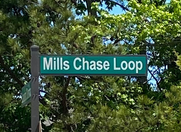 The Reserve At Mills Farm Street Sign