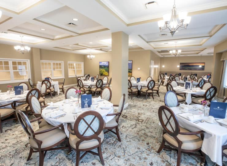 Woodland Hills Dining
