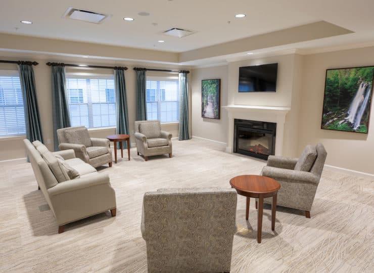 Woodland Hills Lounge