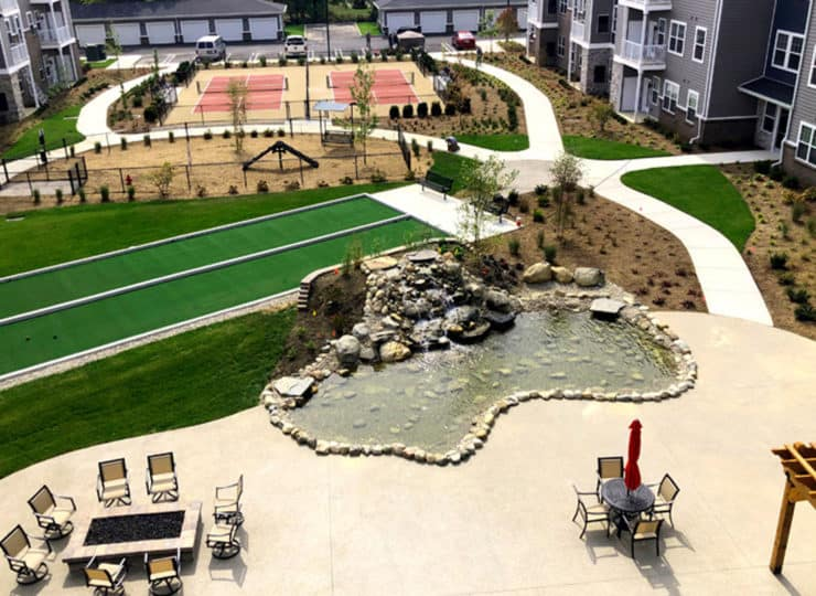 Encore Apartments courtyard aerial view