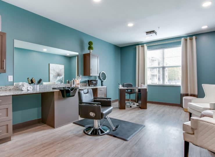 Encore Apartments salon