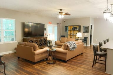 Enclave At Eagle Point Living Room