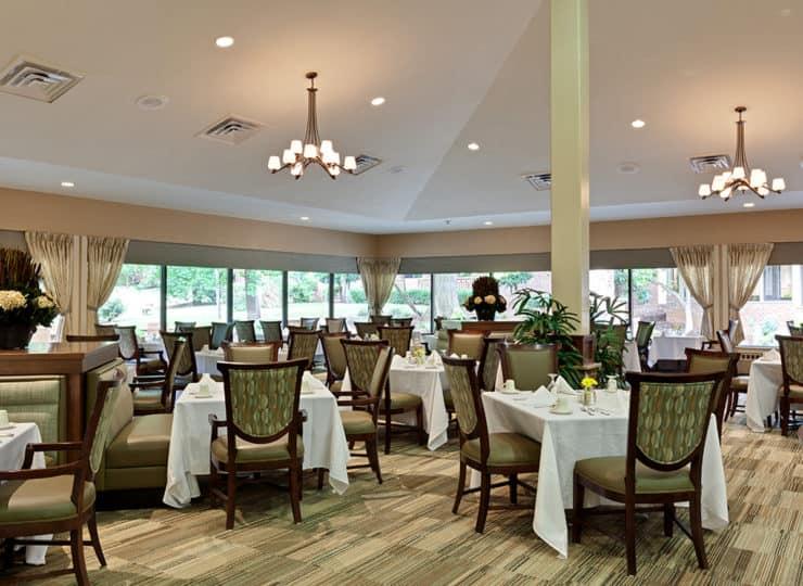 The Oaks At Whitaker Glen Dining Room