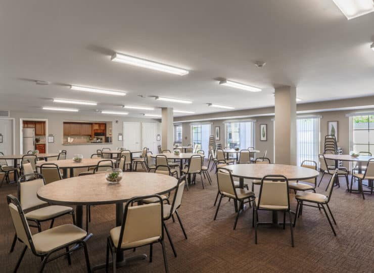 Lakeview Senior Apartment Dining Room