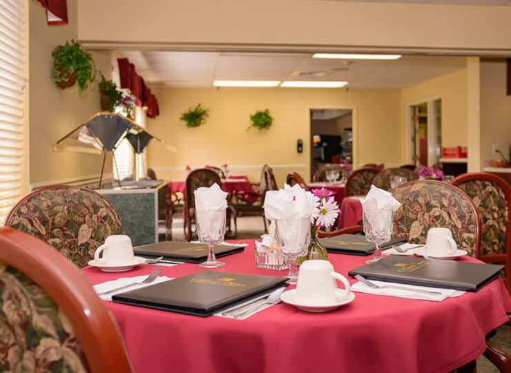 mayfair-village-retirement-center-dining-room