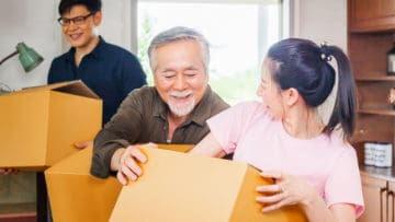 Parents Downsizing: 7 Signs That It's Time thumbnail