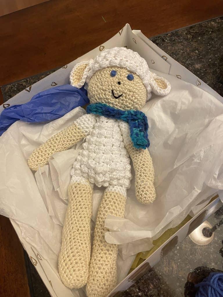 Crocheting a little lamb