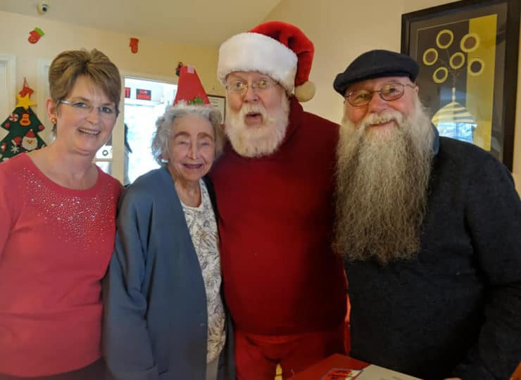 Lynns Care Homes Elderly Friends wit Santa Claus