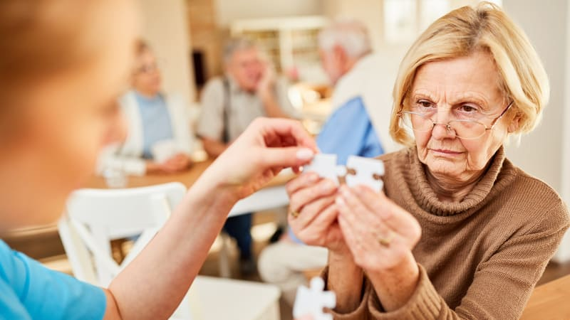 Woman using Aduhelm for her dementia