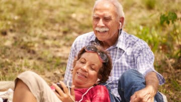 Love in Lockdown: Seniors Couple Up During the Pandemic thumbnail