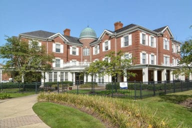 Woodlands of Shaker Heights outside