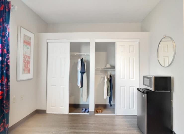 Rittenhouse Northside apartment closets