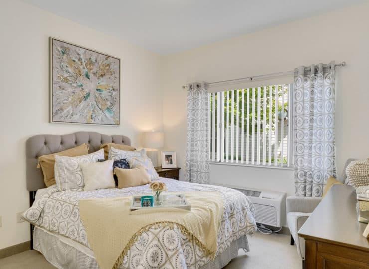 Rittenhouse Village at Valparaiso bedroom